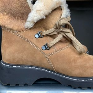 La Canadienne Shearling Suede Boot